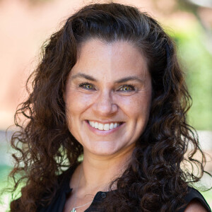 Dr. Christa Phipps
